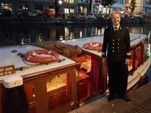 Dinner Cruise Amsterdam rondvaart met diner op luxe salonboot over de Amsterdamse grachten