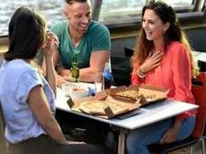Pizza Cruise Rondvaart met diner Amsterdam Rondvaartvergelijker