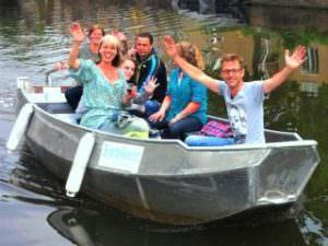 Boats4rent Sloep huren Amsterdam en zelf varen over de Amsterdamse grachten