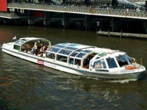 Hop on hop off rondvaart Amsterdam onbeperkt over de grachten gevonden met de Rondvaartvergelijker