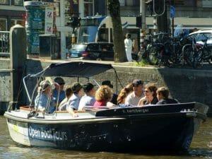Grachtenrundfahrt Amsterdam offene Schaluppe