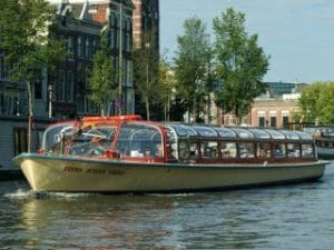 Grachtenrundfahrt Grachtenboot Reederei Kooij Amsterdam Rokin