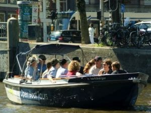 Kanalfahrt Amsterdam offene Schaluppe