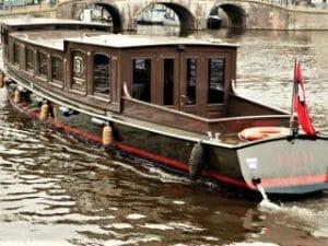 Private Luxus-Bootsfahrt Grachten Amsterdam HRH