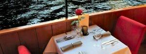 Rondvaart met eten Amsterdamse grachten