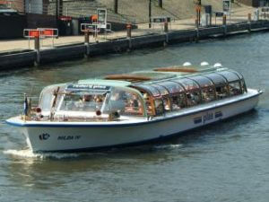 Cheap Amsterdam Canal Tour Plas