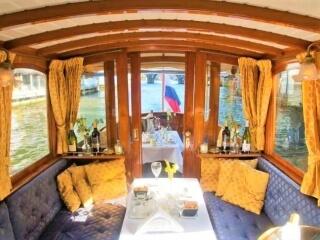 Privé rondvaart met diner voor groepen op luxe salonboot