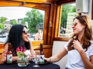 Rondvaart met bier proeven Craft Beer Boat Tour